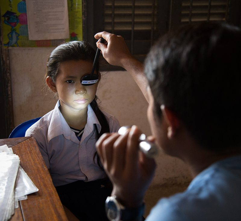Orbis partner Dr. Khauv is a Cambodian ophthalmologist who has been using Cybersight for more than a decade, seeking consultations on nearly 200 patients. Thanks to the support of Orbis Volunteer Faculty Dr. Shaikh, he was able to diagnose and treat an urgent case, even in the midst of a pandemic.
